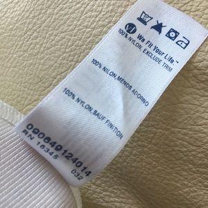 vassarette Intimates & Sleepwear - Vassarette silky nylon full slip size 28 42/48